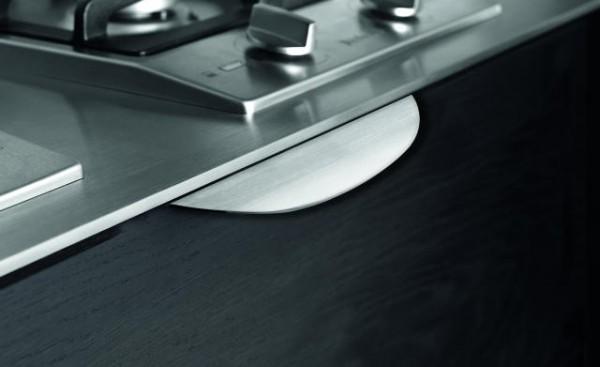 Griffleisten Edge Bow, Aluminium E-Finish und verchromt