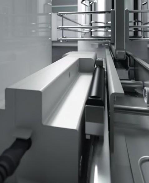 Elektrischer Antrieb für Hochschrankauszug HSA