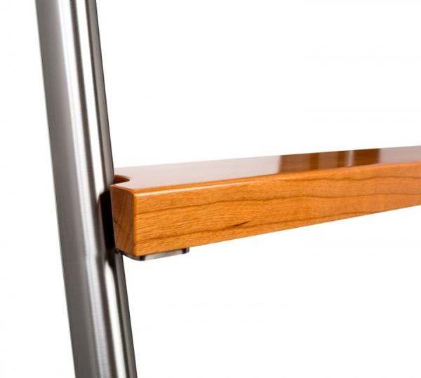 Stufen Holz für Bibliotheksleitern