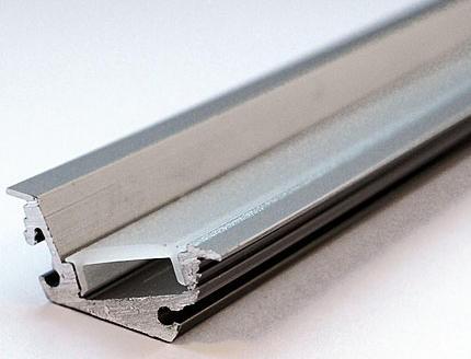Abdeckung für LED Nutprofil 26 x 10, Länge 2500mm